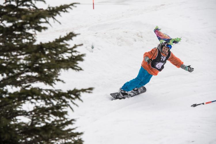 Banked Slalom Stoos trotz schlechtem Wetter ein voller Erfolg